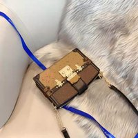 Wholesale acrylic show box for sale - Group buy The New Old Flower Color Matching Soft Box Oblique Ku Chain Bag Shows Women s Genuine Leather Handbag Shoulder Luxury Handbag