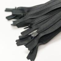 bobinas de nylon al por mayor-100 unids Mix Invisible Cremalleras de Nylon Bobina Herramientas Accesorios de Prendas de Vestir 28 CM material de ropa billetera ropa accesorios DIY artesanía