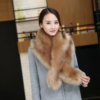 ingrosso lunga sciarpa di colore solido-Faux Fur Collar Cape Scialle Inverno Donna Solid Long Hair Imitated Sciarpe Sciarpa Lady's Autumn Fashion Irregolare Grande Scialle 6 colori D19011106