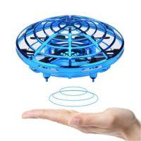 mini-elektro-hubschrauber großhandel-Anti-Kollisions-Flughubschrauber Magic Hand UFO Ball Flugzeuge Sensing Mini Induction Drone Kids Electric Electronic Toy