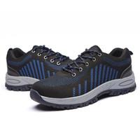 cubiertas de zapatos de lycra al por mayor-Zapatillas de deporte con punta de acero Zapatillas de deporte ligeras antideslizantes impermeables y ligeras antideslizantes de seguridad Zapatillas con cordones de seguridad