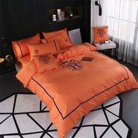 ingrosso set biancheria da letto americano-Biancheria da letto arancione Letter Letter Suit 4PCS Navy Queen King Size All Cotton Copripiumino stile americano per uomini e donne