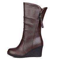 cómodas botas de cuña negras al por mayor-Más el tamaño 34-48 tacones de cuña casuales botas de nieve Mujeres cómodo felpa mitad de la pantorrilla botas de zapatos de moda Negro Marrón Blanco Invierno