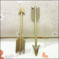 collar de flecha diy al por mayor-Venta al por mayor 200 piezas Vintage encantos flecha colgante de bronce antiguo Fit collar de las pulseras DIY Metal fabricación de joyas