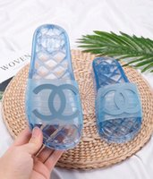 Wholesale office women cloths resale online - 2019 Fashion Brand Summer comfortable Fashion flat slide casual sandals for women Slippers Medusa slippers size