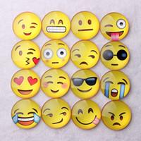 стеклянные магниты на холодильник оптовых-Магнитный Emoji стекло холодильник Магнит мультфильм милый смешной Emoji выражение лица сообщение держатель холодильник наклейка HHA596