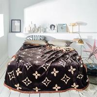 mantas de reina al por mayor-Mantas de diseño marrón Estampado de flores Edredón de estilo europeo Manta de edredón de edredón de alta calidad Full Queen Thicken
