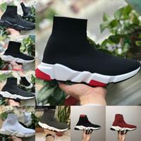 fbe690fefa7f Venta caliente 2019 Nuevos Zapatos de Velocidad para Caminar Entrenador  Barato Oreo Triple Negro Blanco Rojo Planos Calcetines de Moda Diseño de  Bota ...