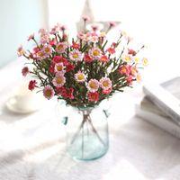 ingrosso fiori secchi decorativi-Fiori artificiali Seta finta Margherita Fiore Bouquet Flores Artificiales Para Decoracion Hogar Fiori secchi decorativi per matrimonio EEA276