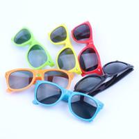 nuevas gafas de sol para niños al por mayor-Gafas para niños New Rice Nail FashionFrame con el mismo color Gafas de sol para niños Gafas de plástico para niños M054