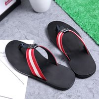 Wholesale man made leather slippers resale online - Hand made genuine leather Mens slippers beach hotel indoor scuffs comfortable house slippers outdoor using slipper with skidproof sole zy985