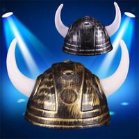 ingrosso corna di protezione della sfera-Casco Devil Vikings Cap Bue Corno Cappelli generali Cappello di Natale Beanie Costume Palla Pvc Plastica Casquette Decorazione natalizia