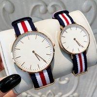mulher de negócios famosa venda por atacado-TOP Moda Famosos Design Relógios De Nylon Para O Homem / Mulheres Vestido de Luxo Amantes de relógios relógios de pulso Salar Hot Relógio de Quartzo Caixa Livre relógio de Negócios