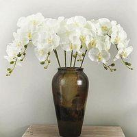 ingrosso farfalle artificiali bianche-L'orchidea bianca di seta artificiale fiorisce il fiore falso di falena di phalaenopsis di alta qualità della farfalla per la decorazione domestica di festival di nozze