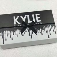 косметика для волос оптовых-Kylie LIPGLOSSBurthay12 цветов, матовая жидкая помада, косметика Keri, 12 новых наборов блесков для губ kylie black butterfly.