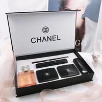 xale de âncora venda por atacado-Marca Maquiagem Set Coco Perfume 20ml Batom Pó Sombra Delineador Mascara 6 em 1 kit cosméticos com caixa de presente por Mulheres M112730