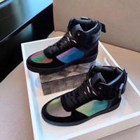 ingrosso scarponi da uomo premium-Rivoli Sneaker Boot Uomo 2019 New Season Iridescent Monogram Sneakers alte in pelle luccicante da uomo Scarpe colorate di design premium