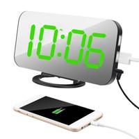 простые аварийные сигналы оптовых-Ipad телефон зарядки USB будильник цифровые часы с большой легко читаемый светодиодный дисплей режим затемнения функция повтора зеркальная поверхность C18122201