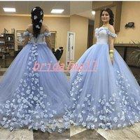 blaues licht bis hochzeitskleid großhandel-3D-Floral Appliqued Hellblau Ballkleid Brautkleider Sexy Off Shoulder Brautkleider Lace Up Zurück Arabisch Brautkleid Vestidos de novia