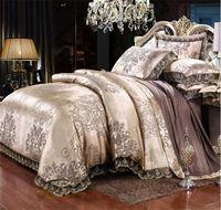luxo cama king prata venda por atacado-Gold Silver Coffee Jacquard Luxo conjunto de cama Queen / King Size Stain Bed Set 4pcs conjuntos de algodão de seda Lace capa de edredão