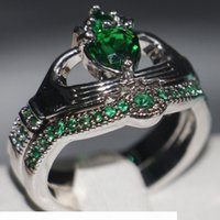 Wholesale copper emerald jewelry for sale - Group buy Claddagh Fashion Jewelry chouchong Unique Desgin KT White Gold Filled Heart Shape Emerald Gemstones CZ Diamond Women Wedding Couple Ring