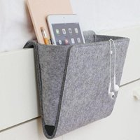 dergi kutuları toptan satış-Felt Multifunctional Bedside Sofa Hanging Holder Storage Organizer Box Magazine Smartphone Remote Control Storage Bag Pockets Pe