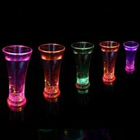 Wholesale funny wine gifts resale online - Funny Drinkware Rainbow Color Cup Flash Glass Dazzle LED Flash Cups Sensor Glow Juice Cup Beer Wine Glasses Bar Party Decoration DHD72