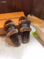 Wholesale 2020 L women designer slides three color designer fur slides beauty flat plus size designer women shoes
