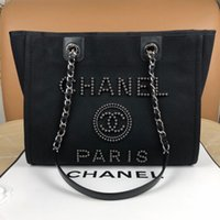 Wholesale lightweight women handbag for sale - Group buy 7A high end custom quality classic lady s handbag This bag is definitely the most lightweight and practical real package in hand