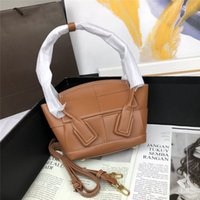 Wholesale crossbow bags for sale - Group buy 2020 new handbags purses tote clutch bags genuine cowhide leather classic style mini style Crossbow bag