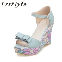 sapatos flores florais venda por atacado-ESRFIYFE 2020 New Shoes Mulheres Sweet Summer Flowers Buckle Abra Toe Wedge Sandals Floral sapatos de salto alto Bohemia Estilo