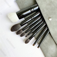 Wayne(Goss) Makeup Brushes Set - The Collection 8-Pcs Foundation Powder Eye Shadow Cosmetics Tools 01 02 03 04 05 06 07 08