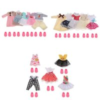ingrosso vestire i vestiti-15 Set 16 centimetri / 6inch Girl Doll Clothes Suit fai da te vestire Accessori