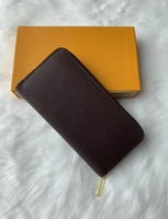 Wholesale carry photo resale online - ZIPPY WALLET VERTICAL the most stylish way to carry around money cards and coins famous design men leather purse card holder long business