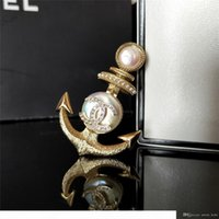 Wholesale classics list for sale - Group buy 2020 warm winter new listing classic naval sailboat anchor brooch natural baroque pearl brass material retro high quality brooch female