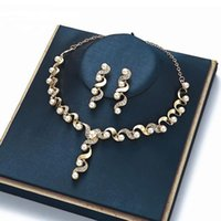 Wholesale bridal jewelery resale online - Luxurious Wedding Jewelry Sets for Bridal Bridesmaid Jewelery Twisted Shape Earring Necklace Set Austria Crystal Gift