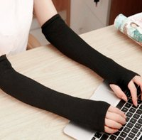 Wholesale black arm warmers resale online - Autumn and winter w lengthened arm leakage finger outdoor sports Warm sleeve men s and women s outdoor sports gloves sleeve black