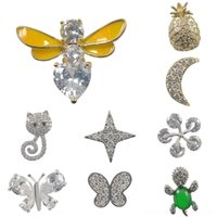 Wholesale small gold brooches resale online - brooch Zircon Stone brooch Coat collar pin butterflyreal gold plating coat suit collar anti exposure small pin animal snowflake Qslm