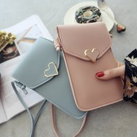 Wholesale small screen cell phones resale online - Women Heart shaped Transparent Screen Mobile Phone Bag New Mini Messenger Bags Lady Handbag and Purses Small Phone Bag
