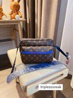 Wholesale mens designer briefcases resale online - Mens Shoulder Bags canvas leather Designers Messenger Bag Trip Bags Postman Square Bag Briefcase Crossbody Good quality AI031