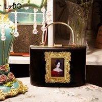 Wholesale baroque paintings for sale - Group buy Retro Baroque Relief Metal Box HandBag Oil Painting Photo Frame Shoulder Messenger Bags Fashion Crossbody Bags for Women