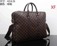 Wholesale 2020 new French texture popular all match shoulder bag wideband messenger bucket bag chain handbag