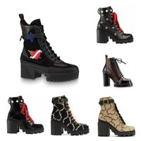 Wholesale women martin leather motorcycle for sale - Group buy 2020 Latest Women designer boots Martin Desert Boot flamingos Love arrow medal real leather coarse Winter shoes