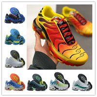 Wholesale running shoes femme resale online - Top quality women Mens Tn Running Shoes Plus Mens Sneaker Tn Femme Black White Breathable Mesh Jogging Sneakers Size