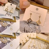 Wholesale gold n for sale - Group buy iu5fo version of ultraexquisite zircon brac Titanium Earrings steel exquisite wild temperament female casual bracelet gold plated Four leaf n