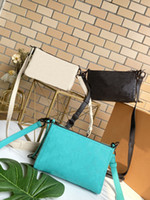 Triangle bag 878 The shoulder strap is adjustable Stylish casual and convenient for carrying a single shoulder bag with a diagonal span