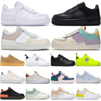 ingrosso una scarpe da ginnastica-Nike Air Force 1 One the details page for more logo Designer Running Shoes For Men Donna Trainer SIA VERO Punch Hot Oreo Triple Nero Bianco Blu Volt Sport Sneakers Taglia 36-45