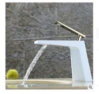 Wholesale 2020 new metal paint waterfall water basin tap Luxury high grade European style faucet Copper faucet Faucets Showers Accs