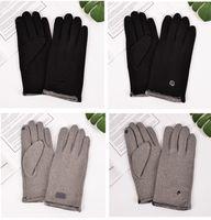 Wholesale warm mens gloves resale online - Mens Gloves Touch Screen Glove Fleeced Thickened Winter Gloves Warm Fingers Designer Gloves Ski Glove Cycling Biker Telefingers CZ91601