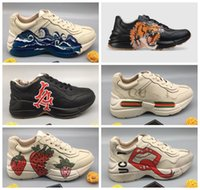 Wholesale distressed boots resale online - 2020 Fashion best quality tiger brand shoes man red blue stripes distressed shoes luxury genuine leather fashion ace sneaker for women